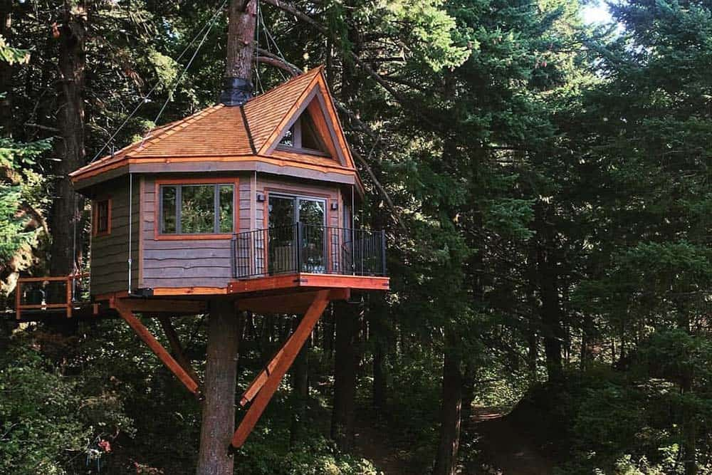 columbia river gorge treehouse airbnb