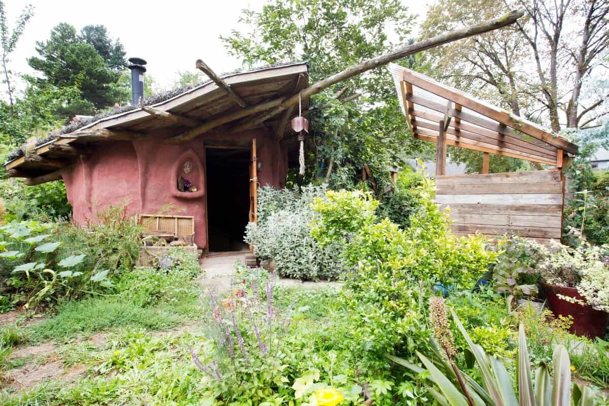 cozy mud hut airbnb