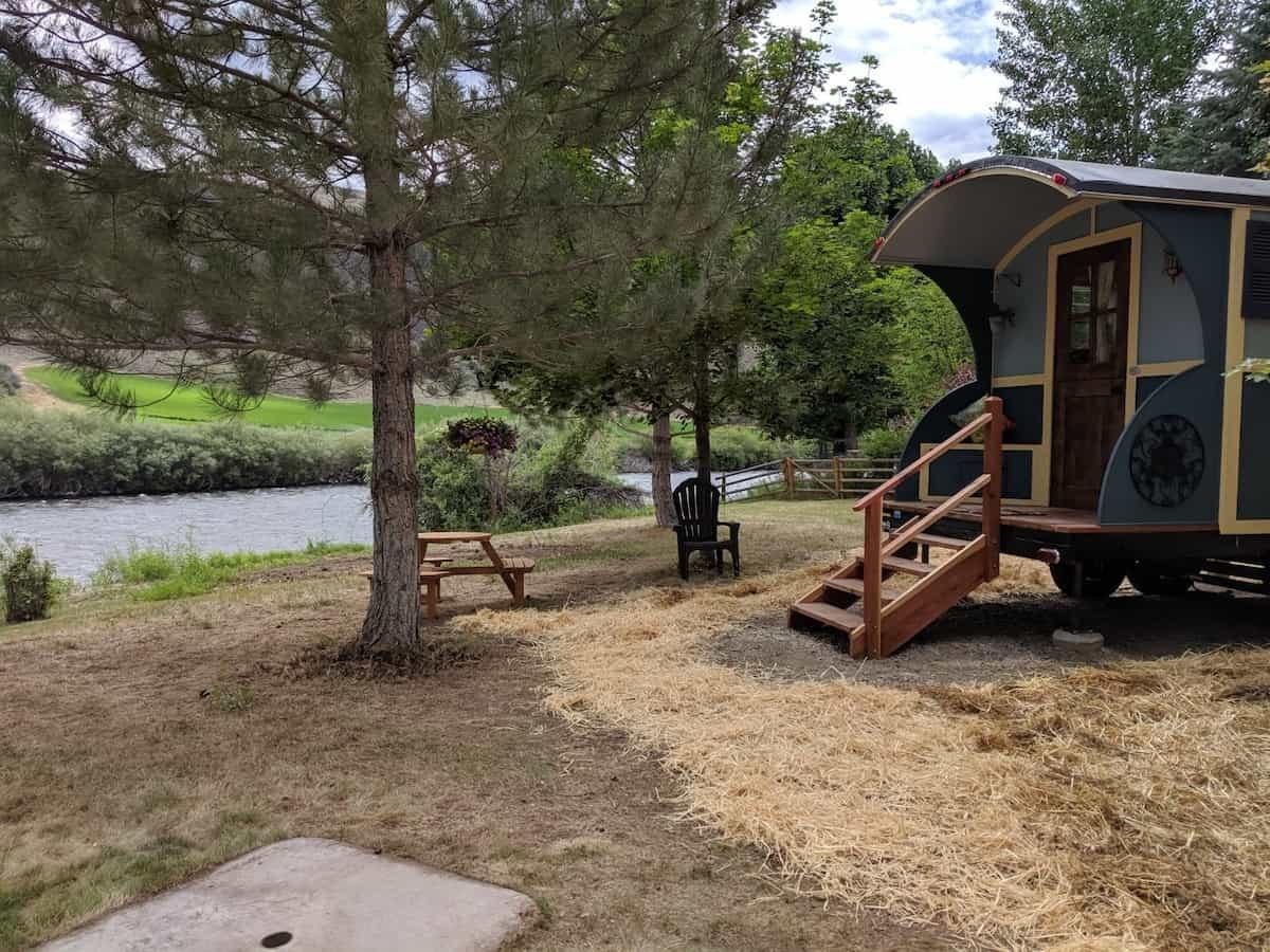 gypsy wagon airbnb rental