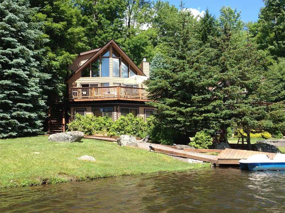 lakeside cabin rental poconos