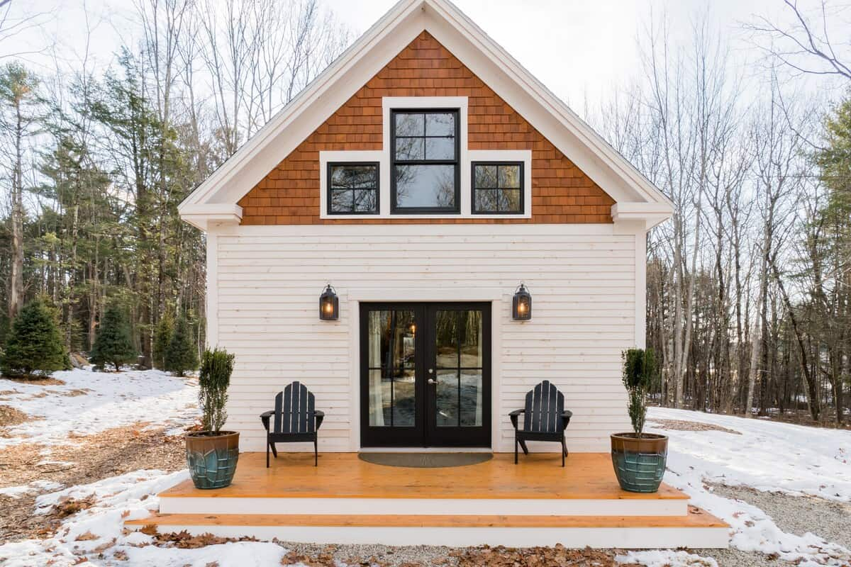 This charming home is one of the best Airbnbs in Maine
