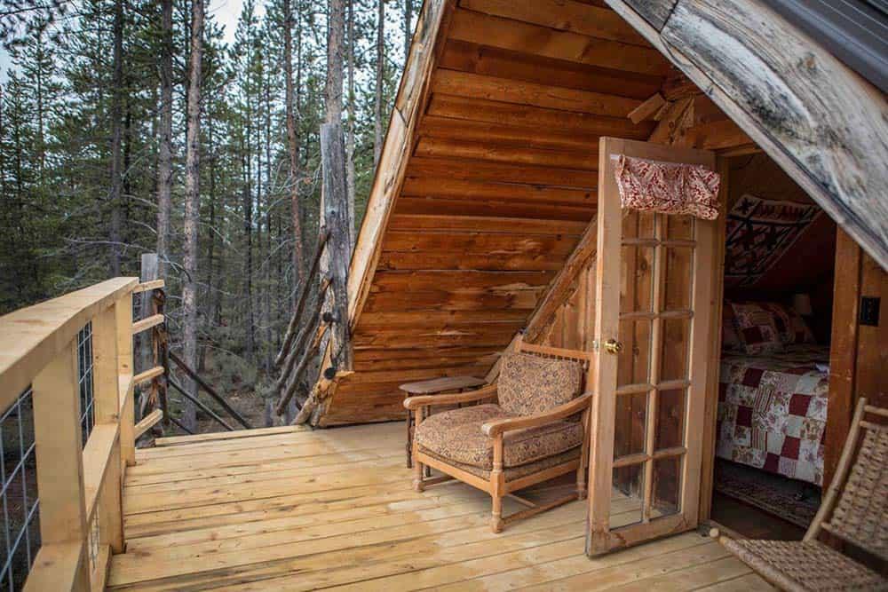 rustic secluded log cabin oregon