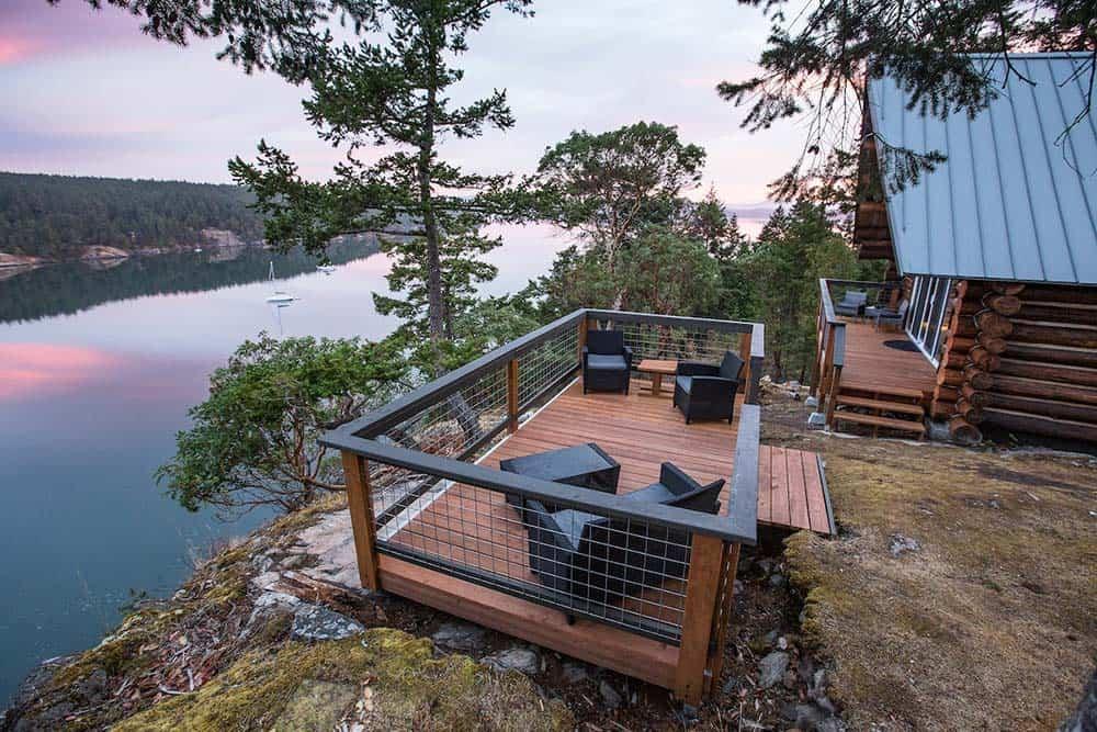 secluded cabin hunter bay wa