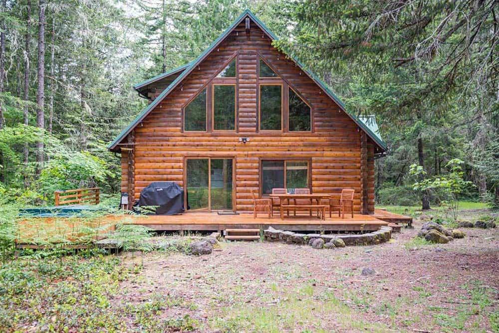 secluded oregon log cabin rental