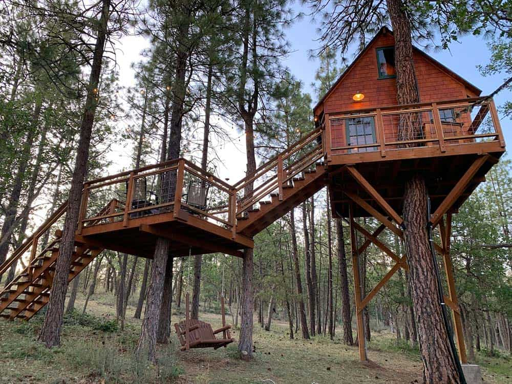 secluded washington treehouse rental