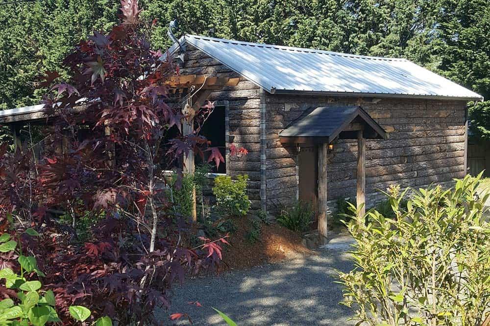 silverton oregon secluded cabin rental