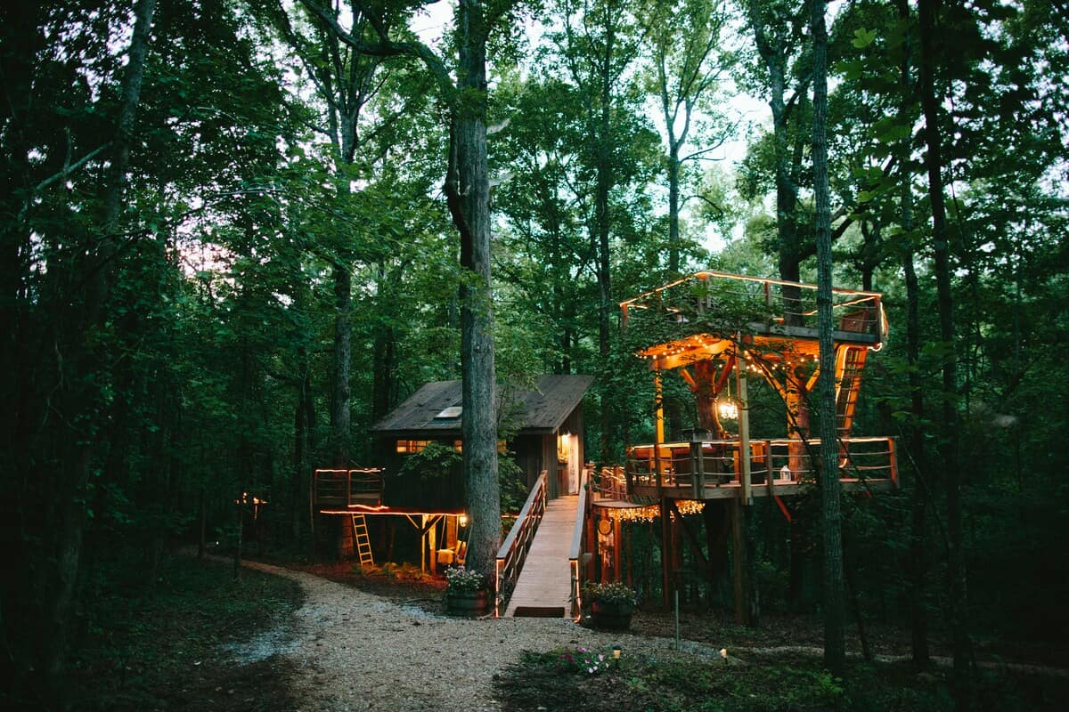 south carolina treehouse airbnb rental
