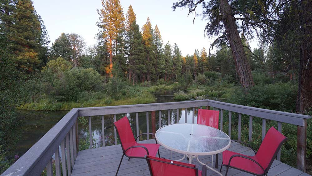 airbnb nearest crater lake national park