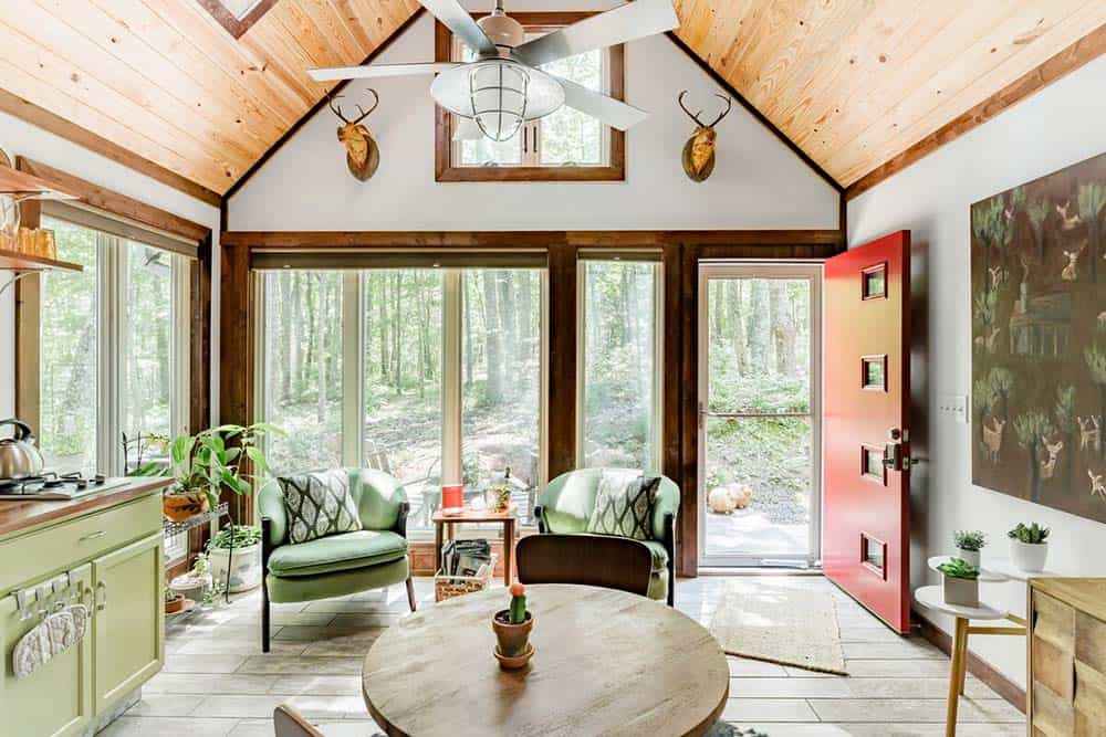 barn guesthouse airbnb georgia