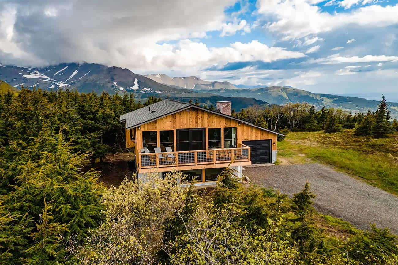 The 10 Best Airbnbs In Anchorage Alaska Territory Supply A bridesmaid and groomsman walked the dogs into the ceremony. best airbnbs in anchorage alaska