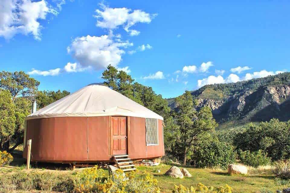colorado yurt rental