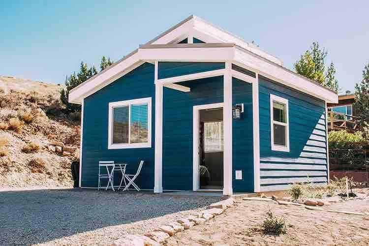luxury tiny house airbnb