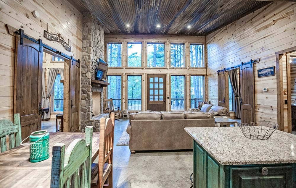 oklahoma log cabin airbnb