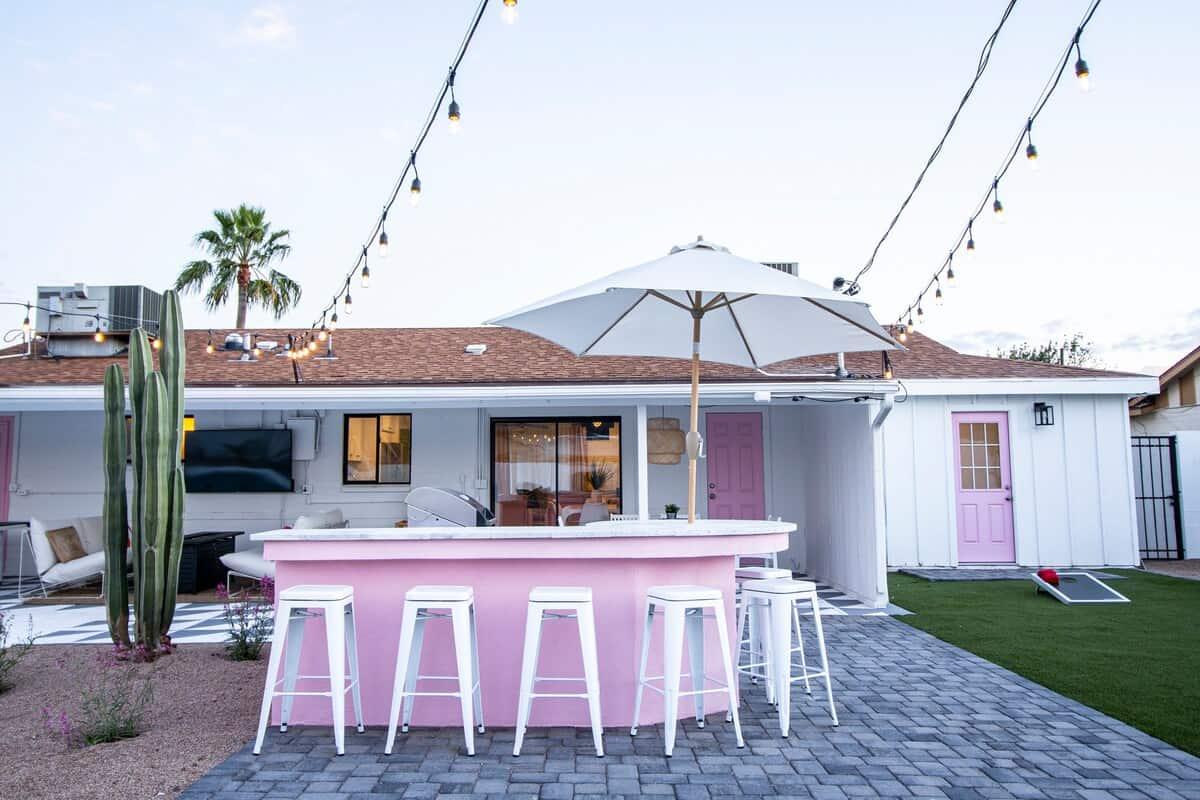 pink cactus scottsdale bachelorette airbnb