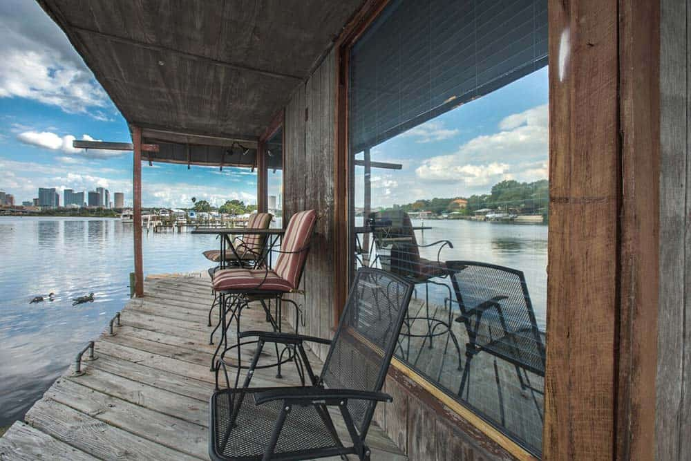 tampa boat house airbnb