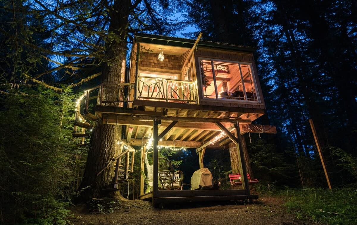 treehouse glamping oregon