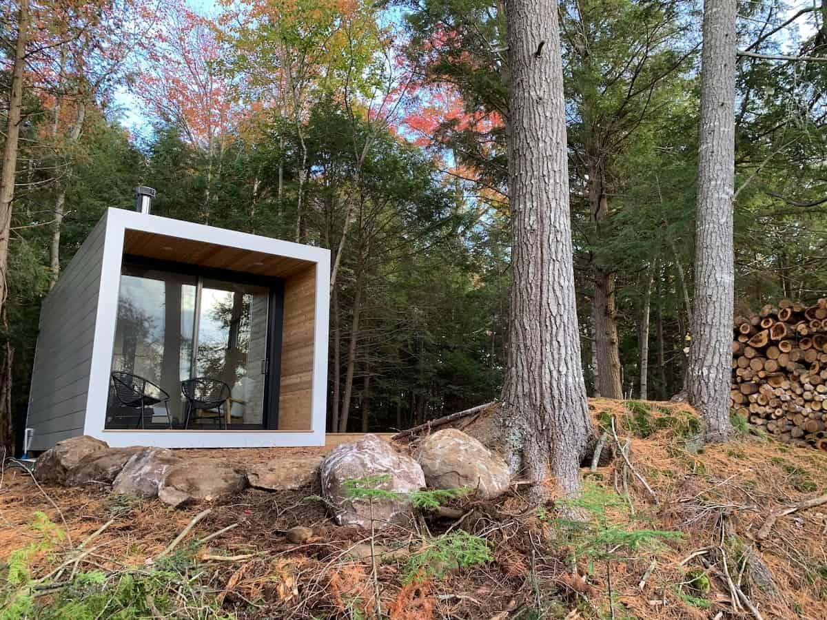 Aux Box Muskoka cabin