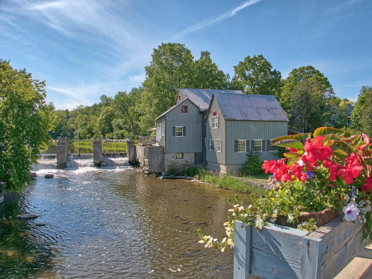 Historic Stockdale Mill cabin rental