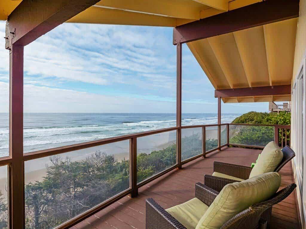 best airbnbs newport oregon