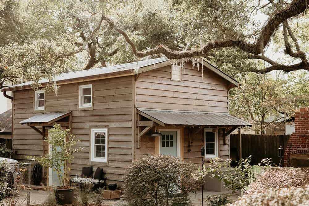 charleston airbnb cottage