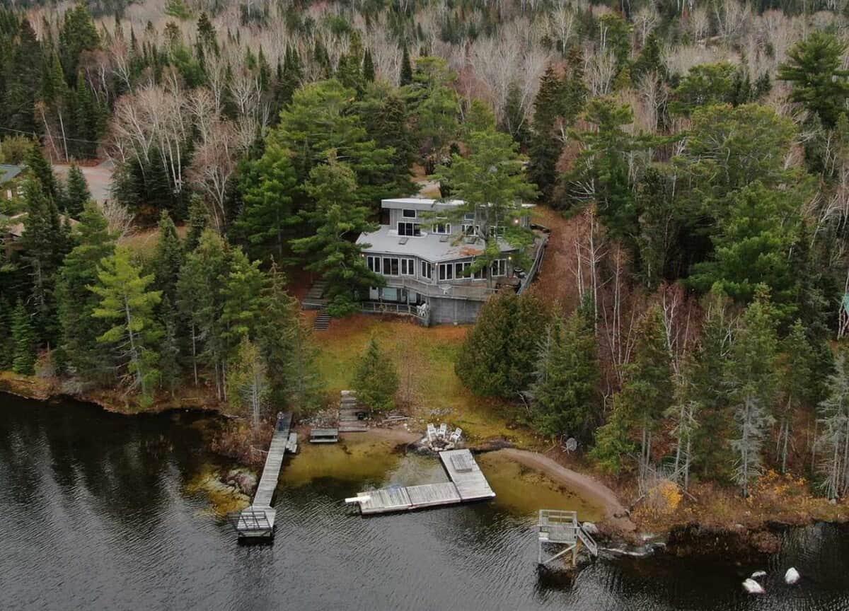 luxury beach house cabin