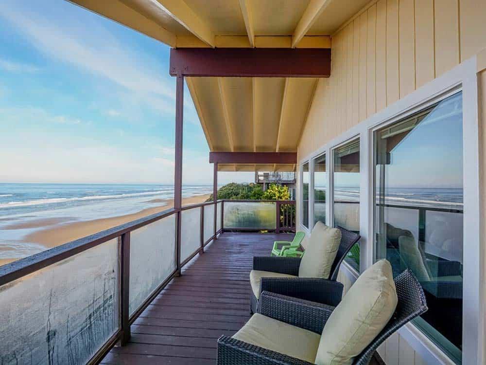 oceanfront airbnb newport or