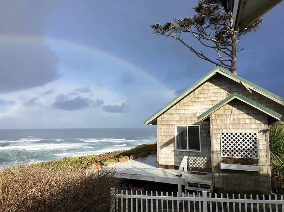 oceanfront cottage airbnb newport or