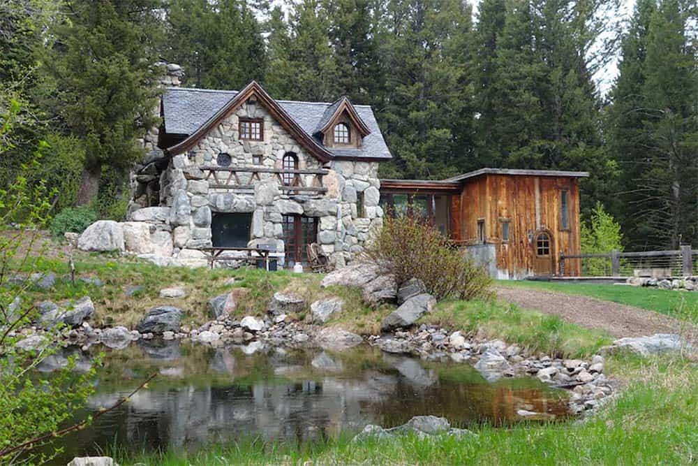 old world cabin rental wyoming