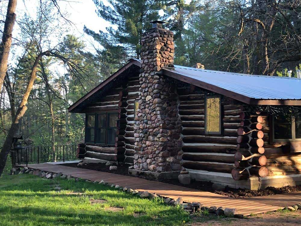 secluded cabin elk creek wi