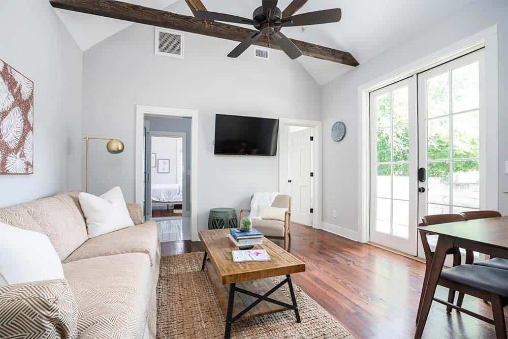 vanilla cloud airbnb charleston