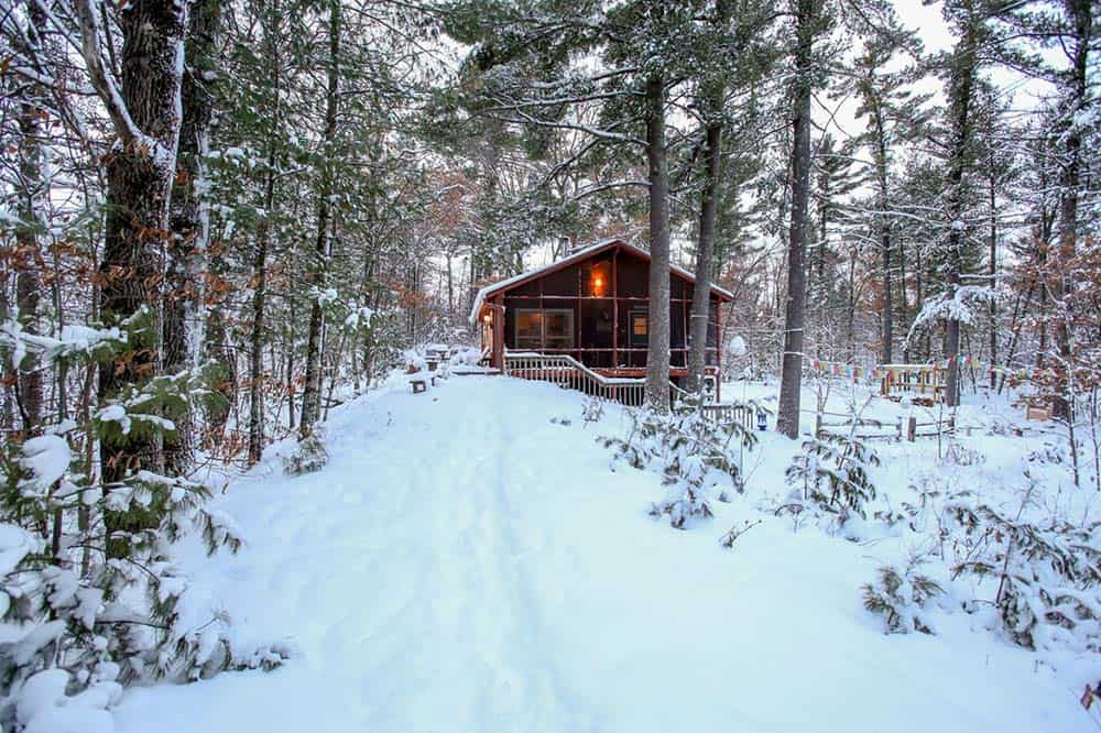 wisconsin secluded cabin rental