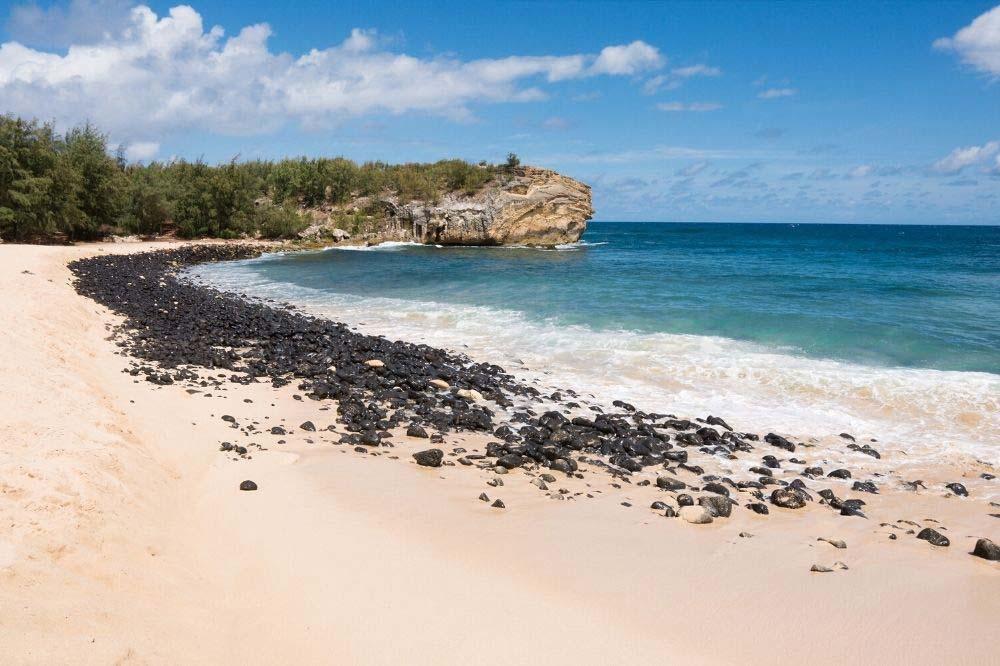 shipwreck beach kauai