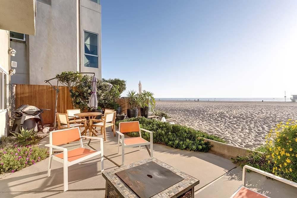 beachfront airbnb los angeles