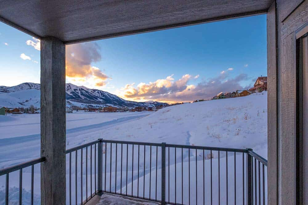 crested butte airbnb mountain views