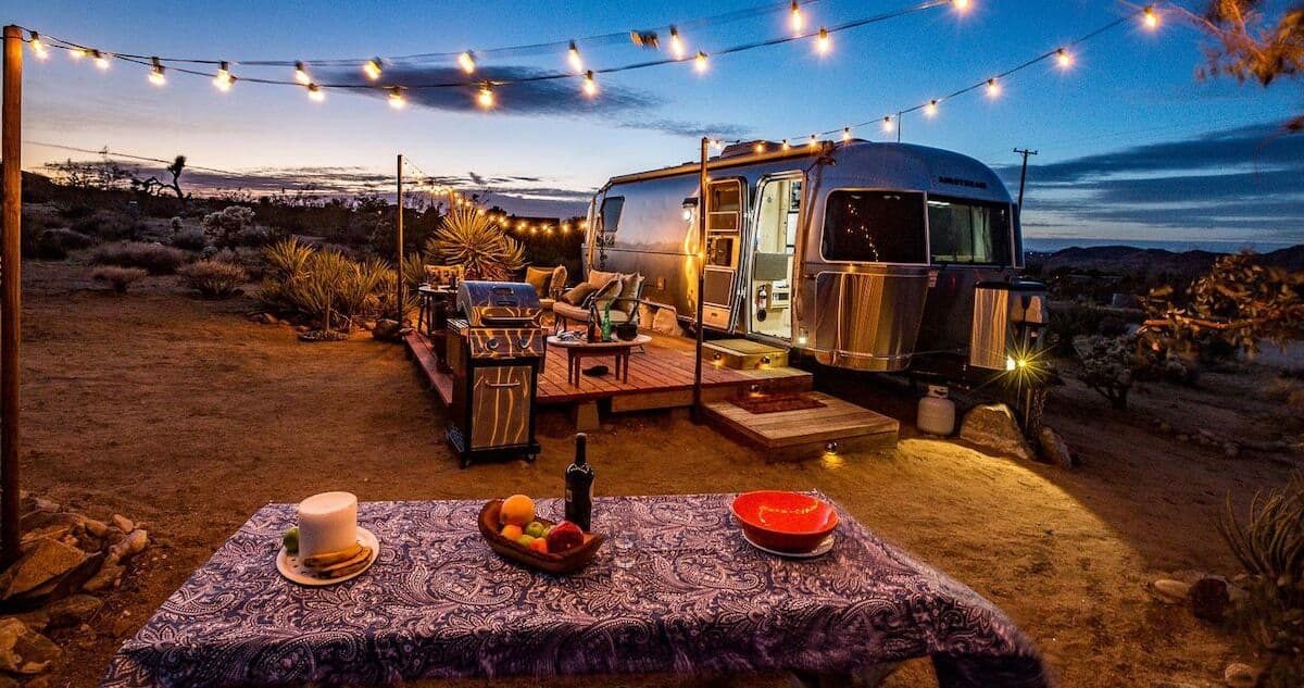 joshua tree airstream glamping