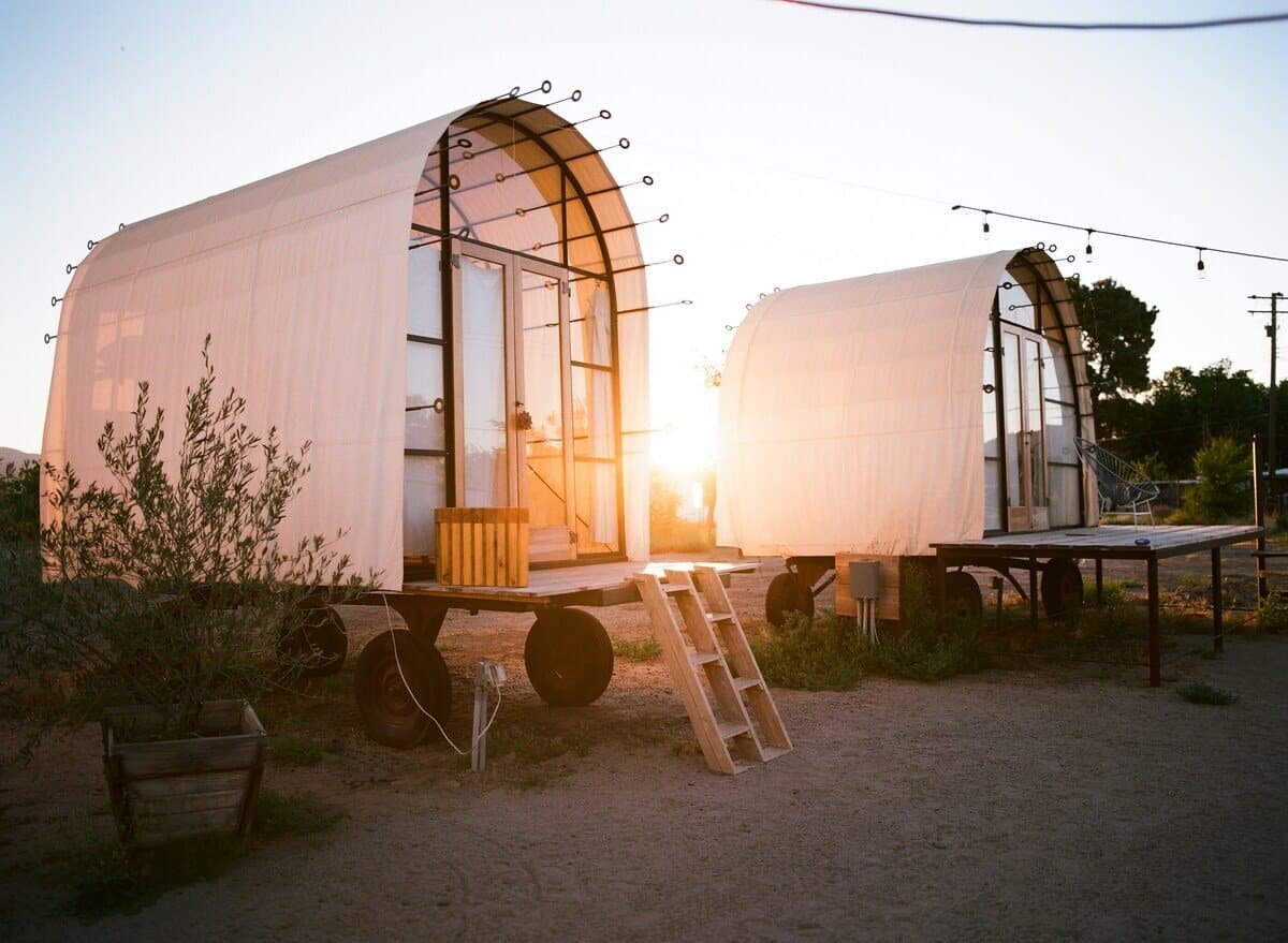 lunette hut glamping