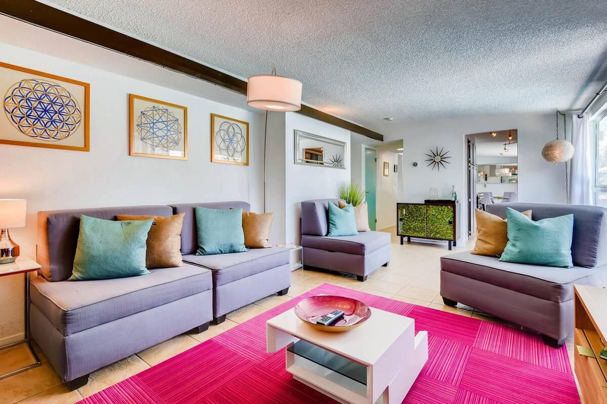 midcentury vegas airbnb