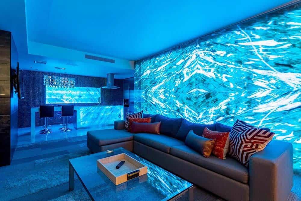 onyx wall airbnb vegas