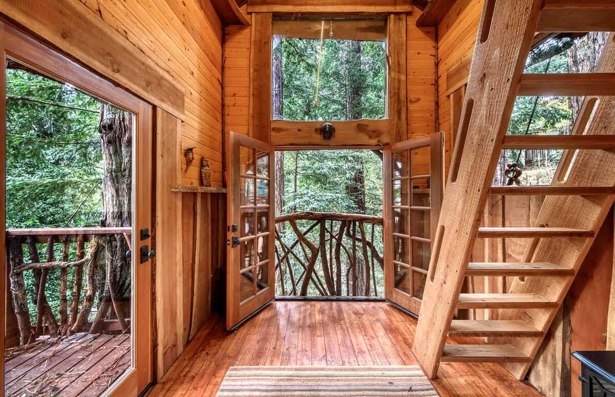 redwoods treehouse glamping