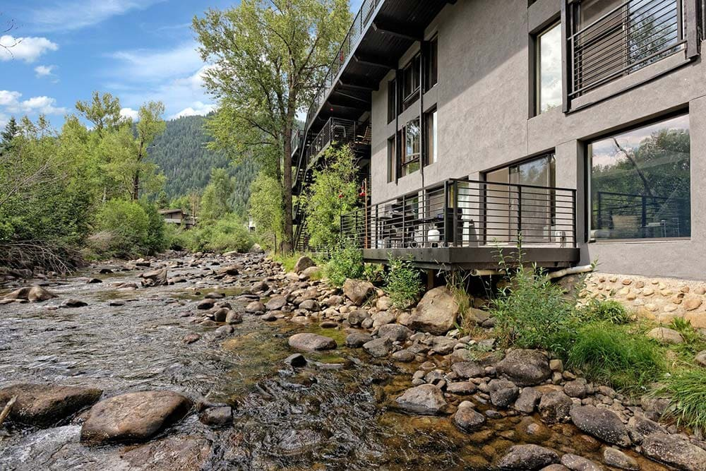 riverfront airbnb aspen