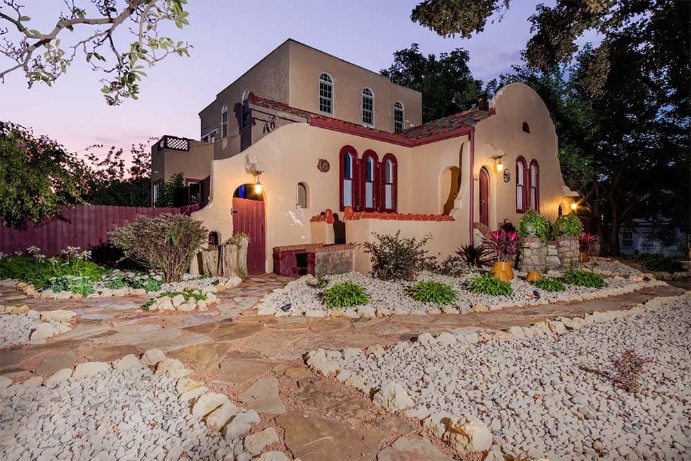 southwestern airbnb illinois