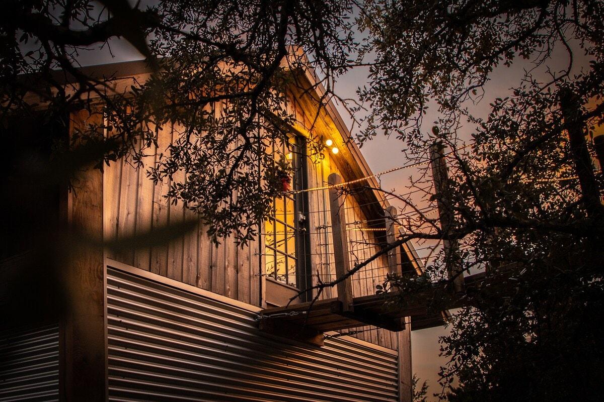 the birdhouse texas treehouse