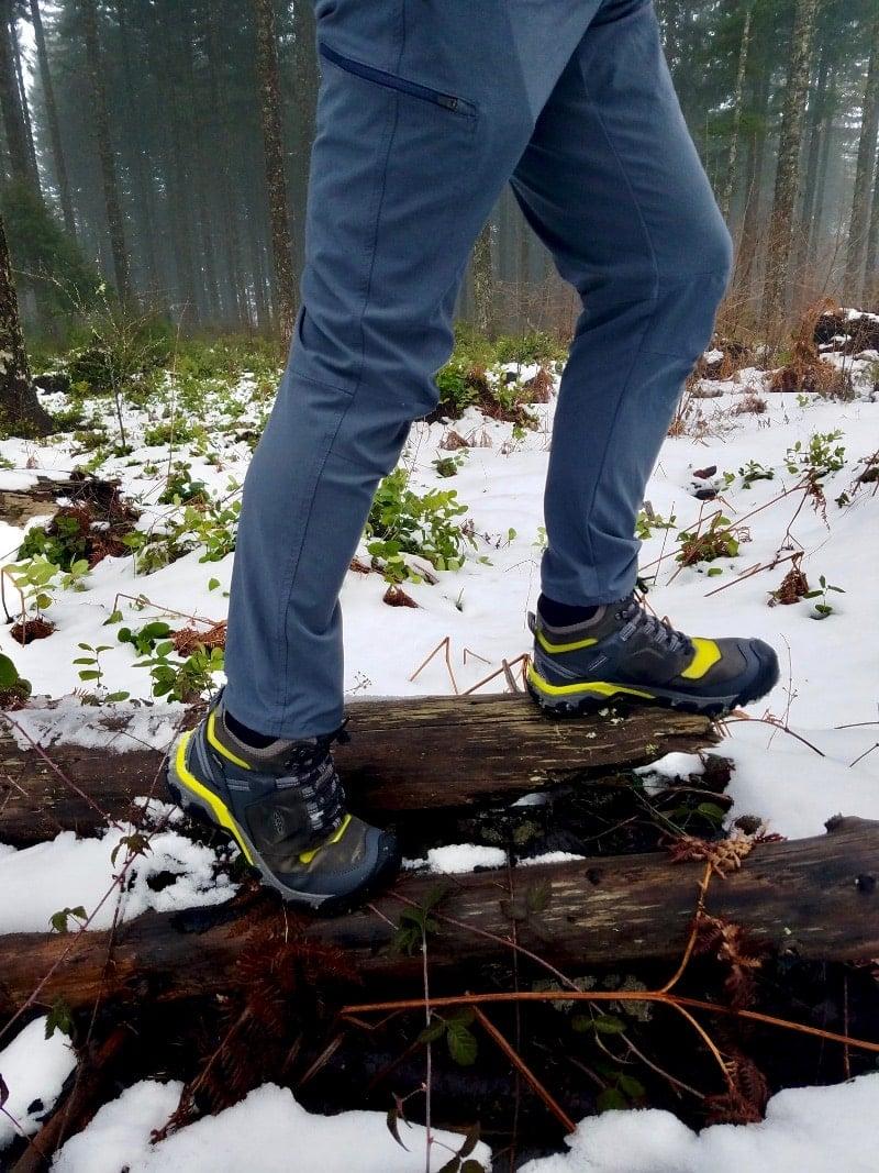 Keen RIdge Flex Mid Hiking Boot tree