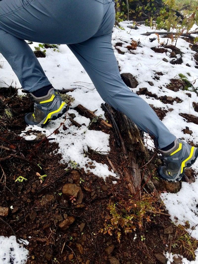 Keen RIdge Flex Mid Hiking Boot flex