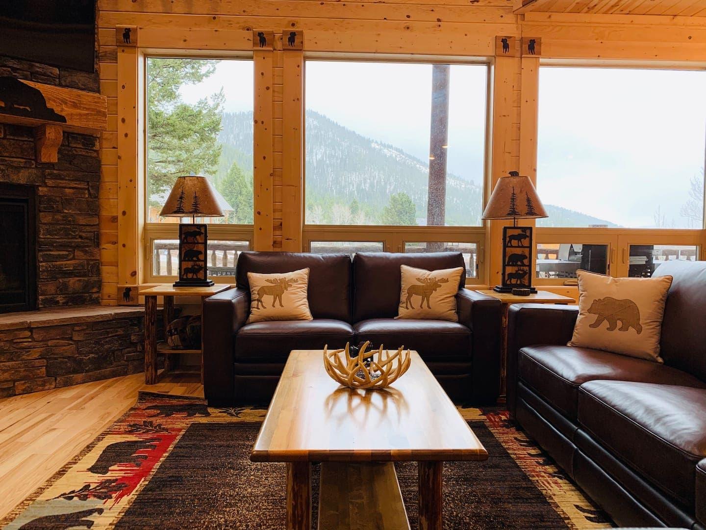 Bighorn Lodge Yellowstone