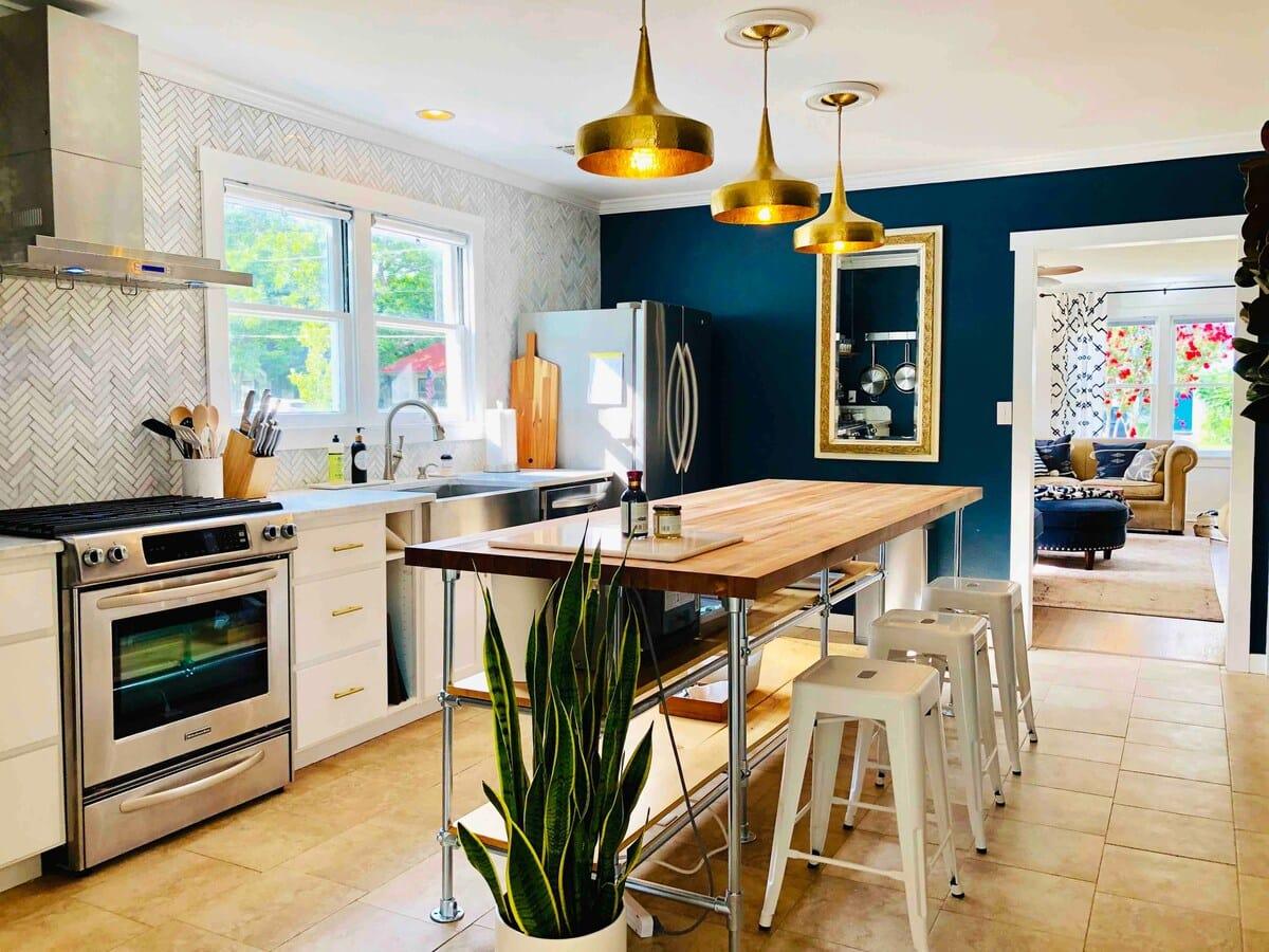 Blue Magnolia airbnb fredericksburg
