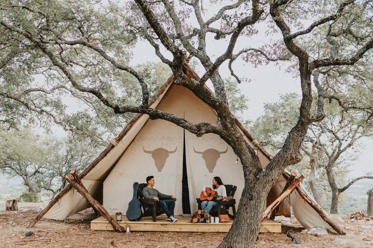 Grand Aztec Tent glamping