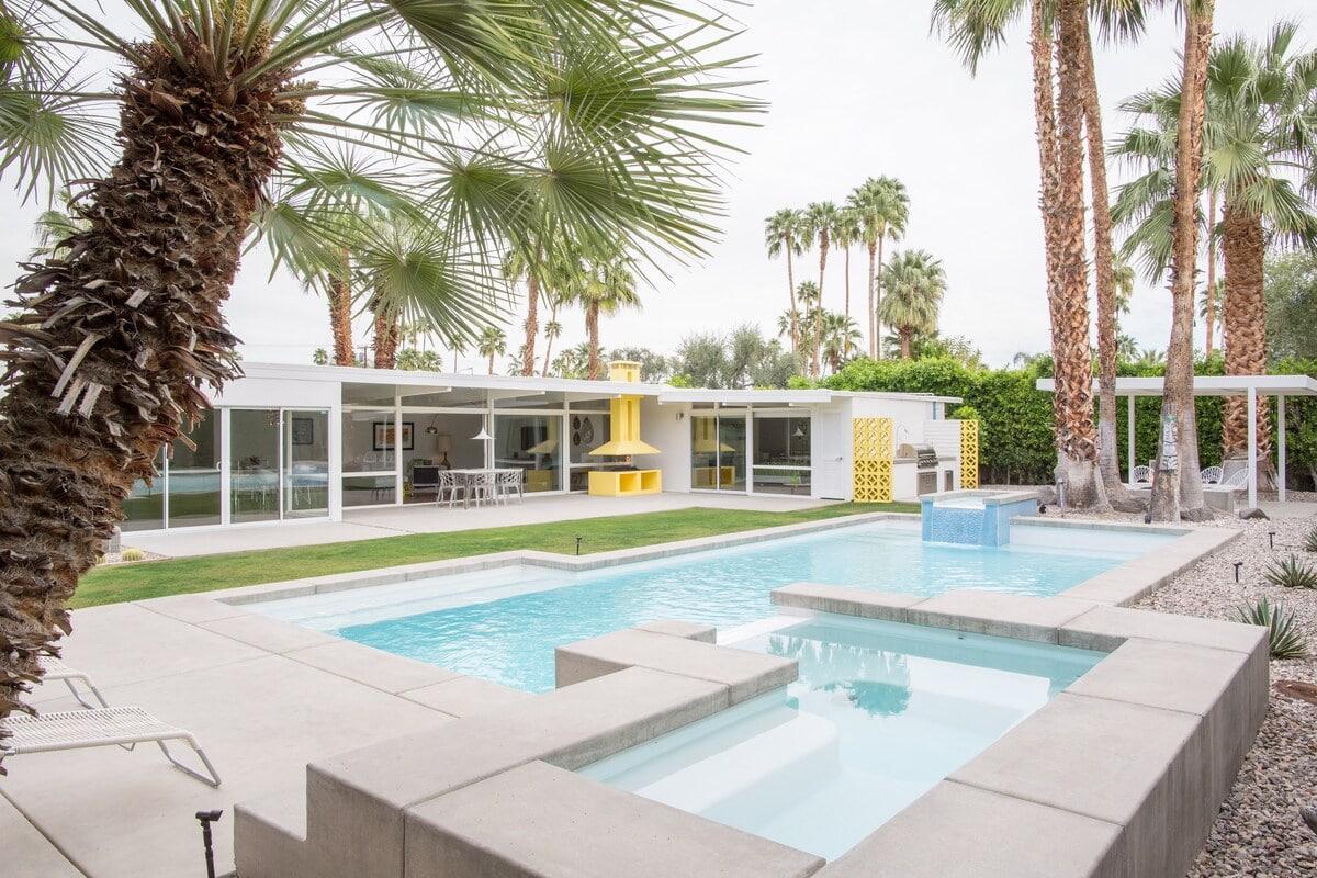 Mod Mesquite airbnb