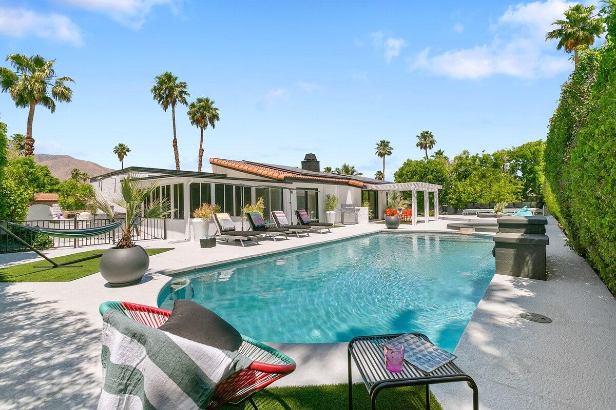 Nogales Palms palm springs airbnb