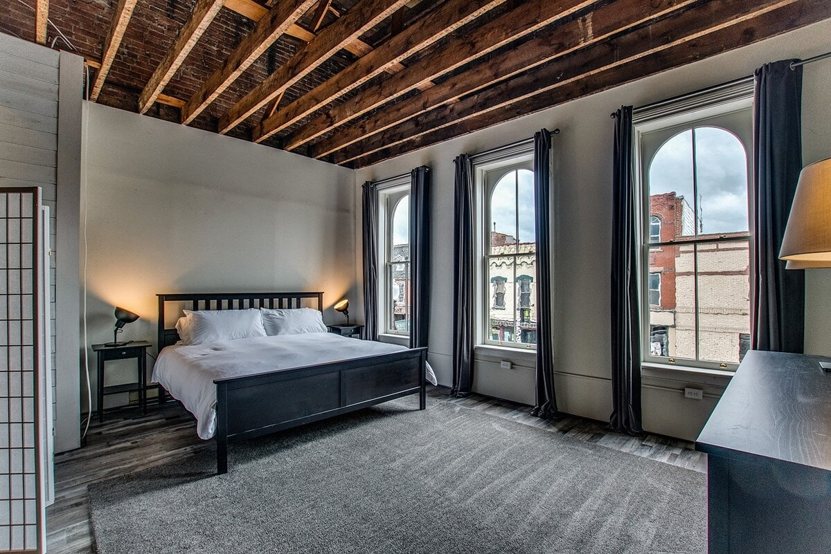 Sheridan House loft airbnb